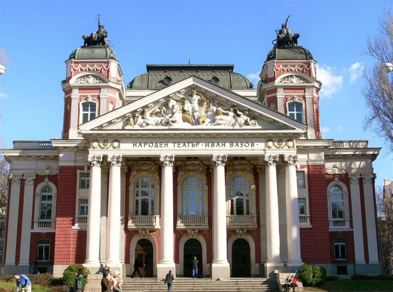 National-theatre-bulgaria